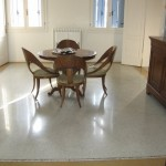 Immagine che ritrae un pavimento alla veneziana restaurato in una villa stile liberty situata a Lonigo in provincia di Vicenza